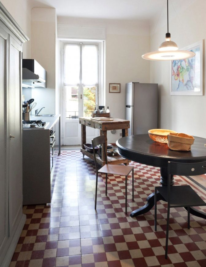 cucina con tavolo tondo